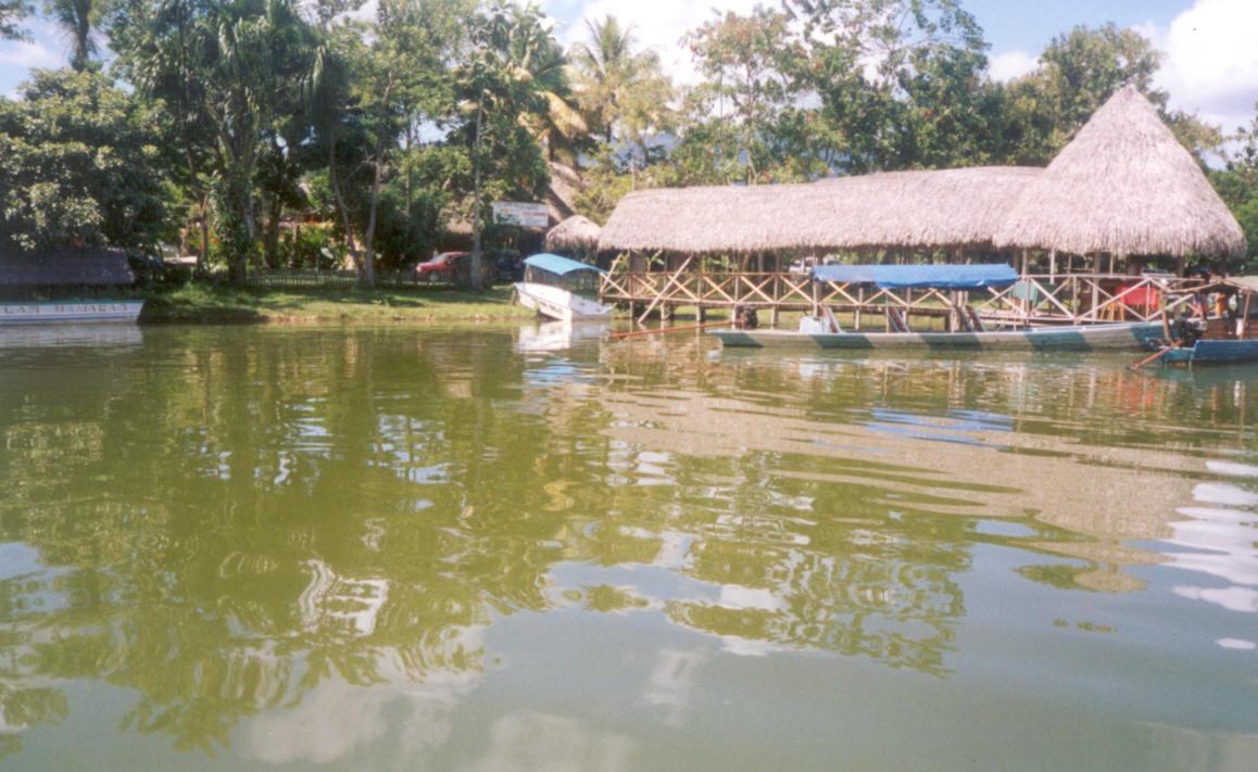 Lago Lindo II - Tarapoto
