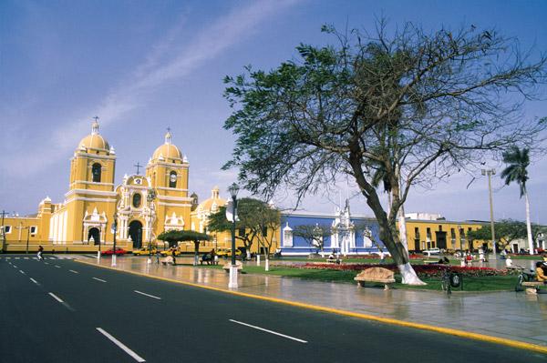 Plaza de Armas, Trujillo (PromPerú: Carlos Sala)
